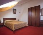 Отель Наби
