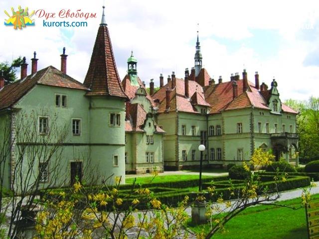 старинный дворец австрийского графа Шенборнастаринный дворец австрийского графа Шенборна