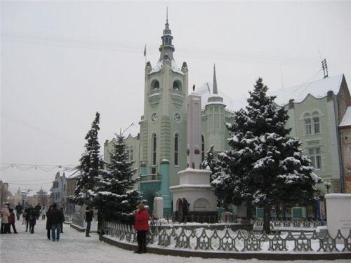 Городская ратуша зимой